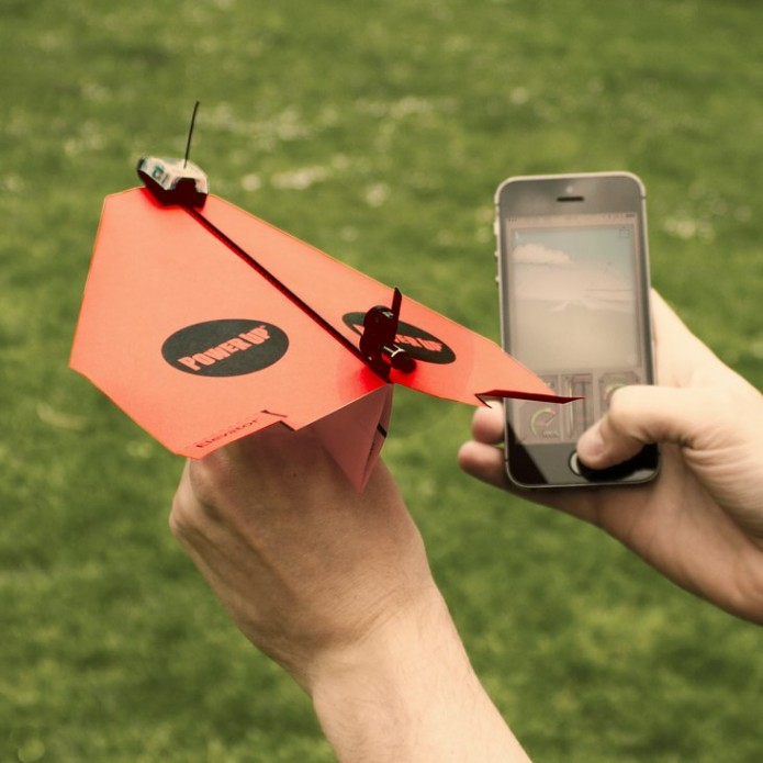 1743.powerup-3.0:-smartphone-controlled-paper-aeroplane.jpg